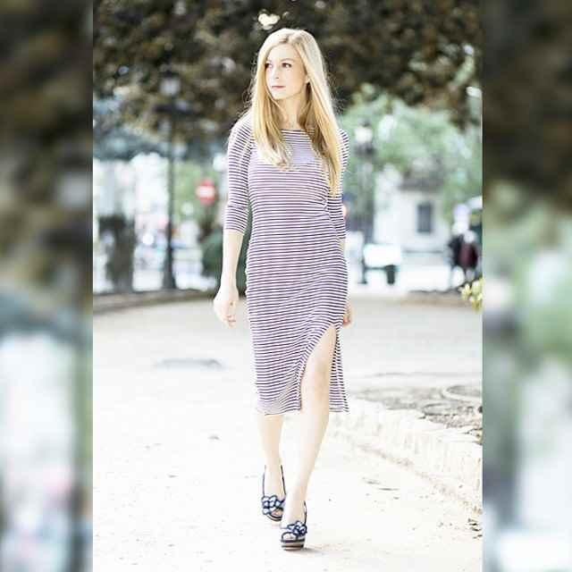 Los vestidos ajustados me encantan. En el blog lo podeis ver con diferentes complementos.