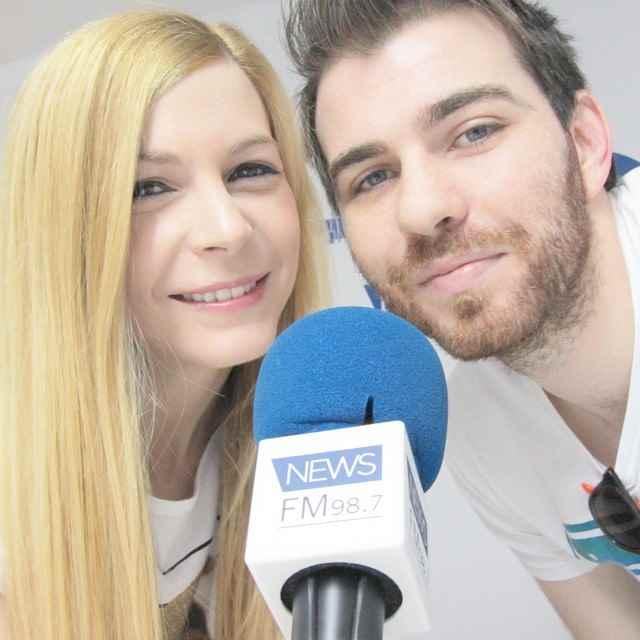 Promocionando #ValenciaModa3 en la radio. Nos faltabas @charlienarcotic. Si te gusta la moda puedes ver el nuevo número de la revista @revistavalenciamoda en valenciamoda.com