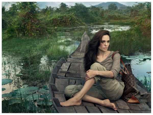 Annie-Leibovitz-Amgelina-Jolie-3