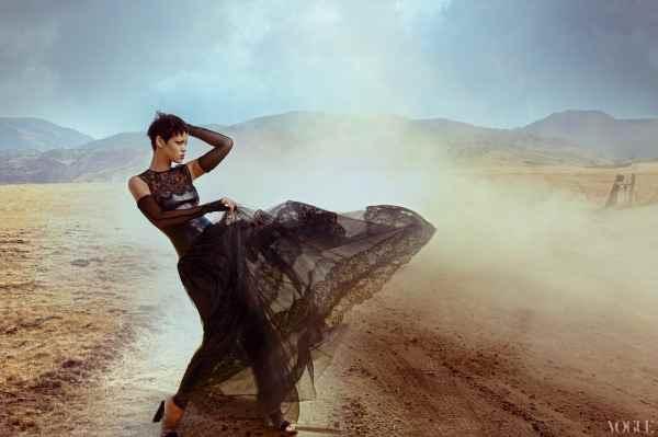 Annie-Leibovitz-Rihanna