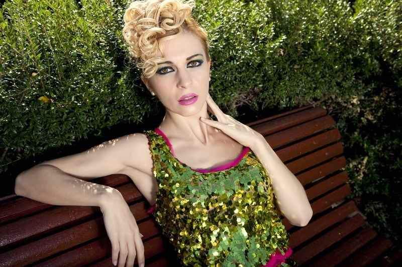 Rocio Botella vestido lentejuelas
