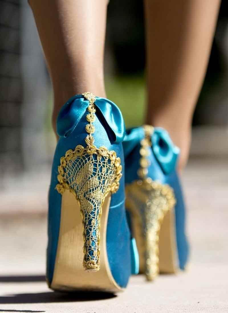 Zapato azul Laura Bracho