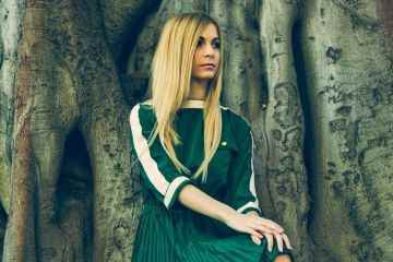 Vestido verde de Mon Petit Caprice