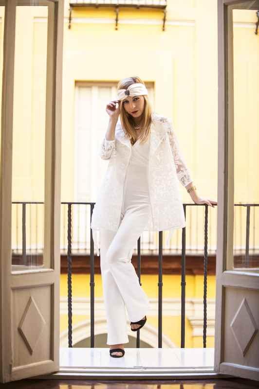Mono blanco Eva Crespo