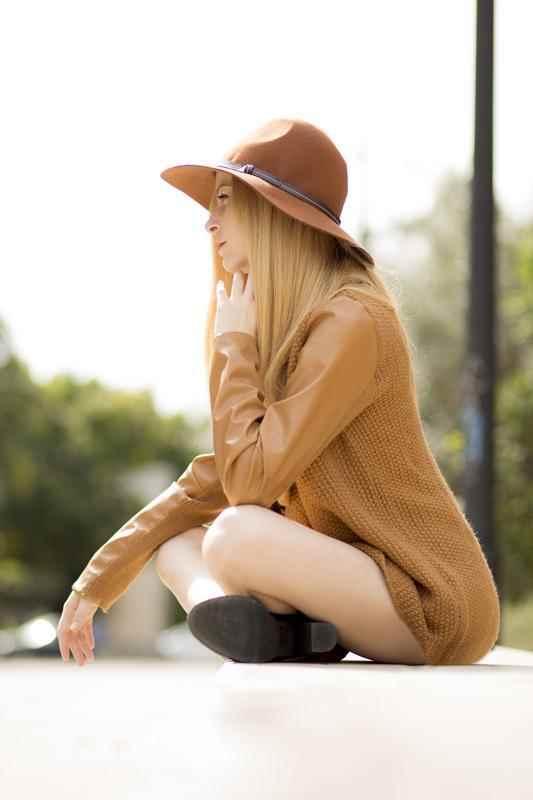 Chaqueta tricot mangas piel